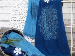 Badetuch Biobaumwolle kbA 69x155cm ozean blau-azur