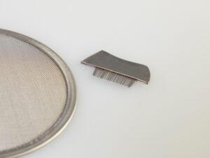 Edelstahl-Räuchersieb Ø 11,5 cm mit Bürstchen
