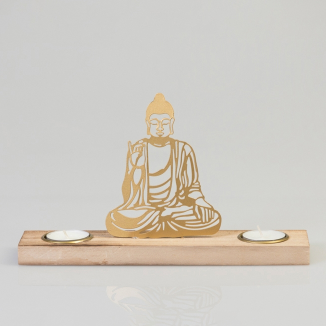 Seit über 6 Jahren beschäftige ich mich immer intensiver mit der medialen Welt. Mit der Meditation habe ich einen Weg gefunden abzuschalten, innere Ruhe zu erlangen und offen sein für Neues was in meinem Leben auf mich zu kommt. Zur Ruhe kommen ist nicht nur ein wunderschönes Gefühl, sondern löst eine unendliche Kraft aus im Äusseren zu bestehen, neues auszuprobieren und neues zu erschaffen.Die liebevoll ausgesuchten Produkte in meinem Online-Shop sind wertvolle Werkzeuge, um der eigenen Seele immer näher zu kommen. Lassen Sie sich von Klängen, Düften, Meditationskissen, Yogamatten, Skulpturen und vielen weiteren schönen Artikeln inspirieren.Ich wünsche Ihnen viel Freude beim Stöbern.Herzliche GrüsseTanja Arnold