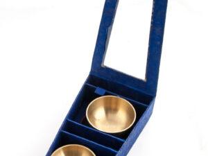 Klangschalen 3er Set in blauer Boxmit Unterlagen, und Klangstäben